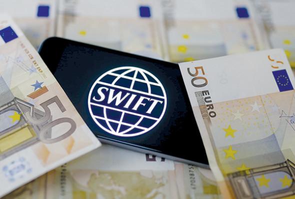 Отключение SWIFT не приведет к банковскому коллапсу в России
