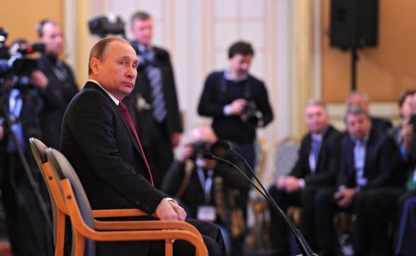 Кремль предложил олигархам пожарную эвакуацию вывезенного в офшоры