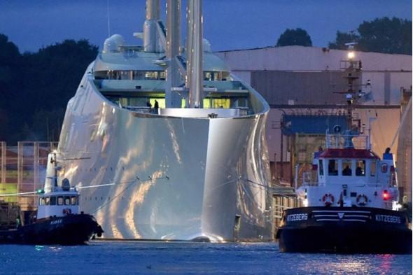 Первые 20 яхт российских олигархов дороже всего, построенного для ВМФ России за десятилетие