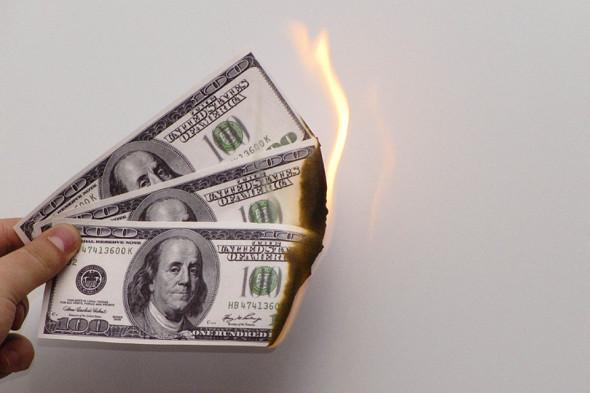 Почему все больше россиян объявляют себя банкротами, хотя совсем не бедные